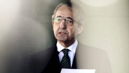 Ribeiro e Castro despede-se do Parlamento com discurso sobre Olivença